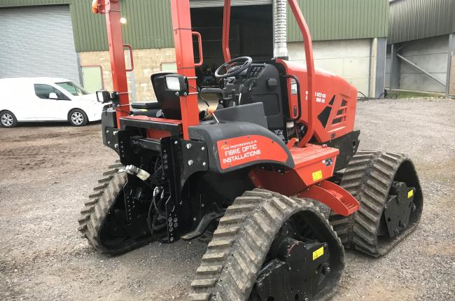 2017 Ditch Witch RT80 Quad Track FTTH System 3