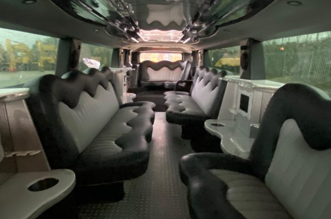 2008 Hummer H2 Stretch Limo 03