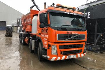 2007 (57) Volvo with Reimer R10 Volumetric Mixer
