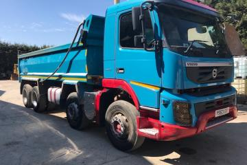 Volvo FMX 420 8x4 Tippers