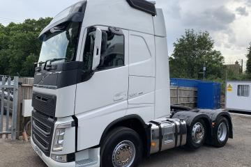 15/15 Volvo FH 4 500 XL Globetrotter with Tipping Gear