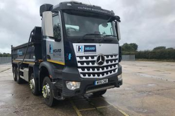 2016 Mercedes Arcos 3240 Tipper