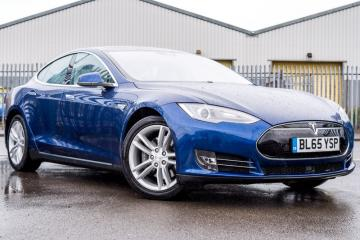 2015 Tesla Model S E 70 dr (Nav)